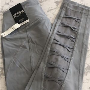 Victoria sport knockout tight small